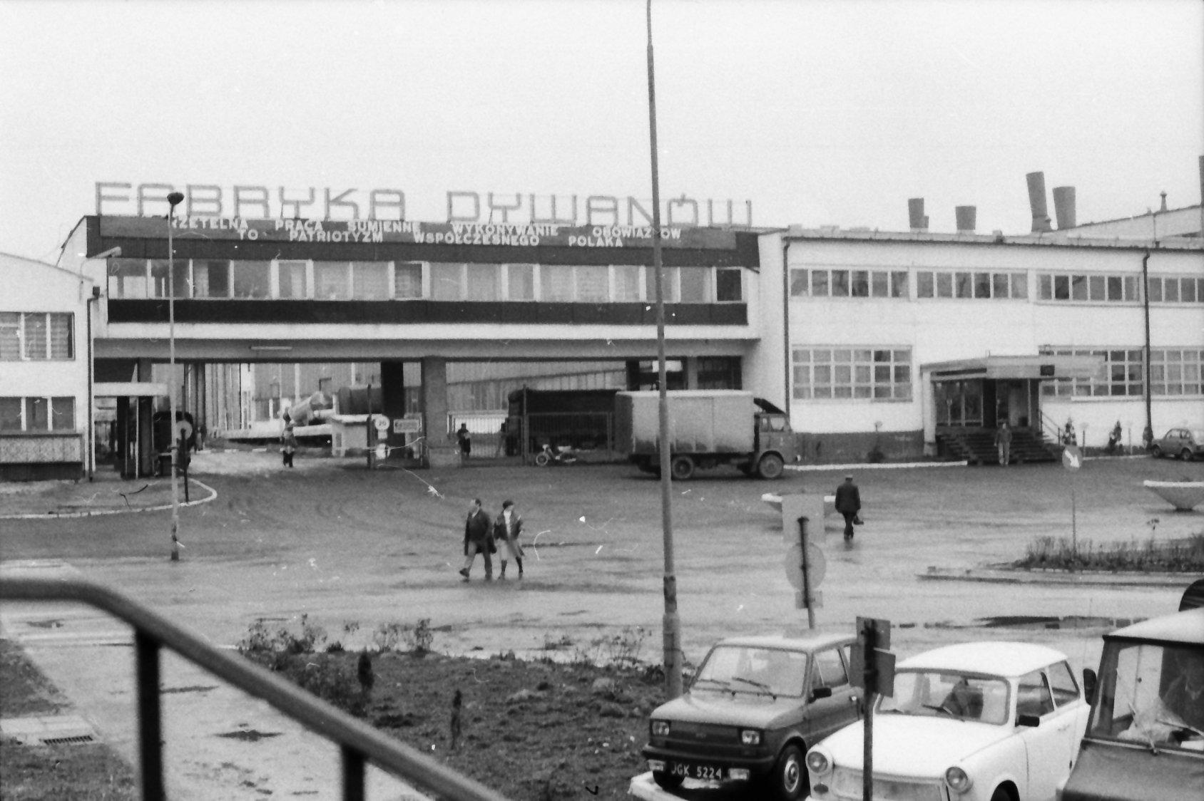 Digital Library Of Jelenia Góra Kowary Fabryka Dywanów