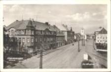 Kowary - widok z ulicy miasta [Dokument ikonograficzny]