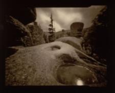 Kamienne oczka na Pielgrzymach [Dokument ikonograficzny]