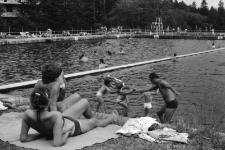Jelenia Góra - basen w Sobieszowie (fot. 6) [Dokument ikonograficzny]