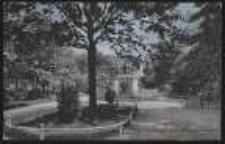 Ohlau – Anlagen und Kriegerdenkmal auf dem Schlossplatze [Dokument ikonograficzny]