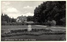 Bad Warmbrunn : Motiv aus dem Kurpark mit Rathaus [Dokument ikonograficzny]