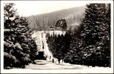 Karkonosze - schronisko nad Wodospadem Kamieńczyka - widok zimą [Dokument ikonograficzny]