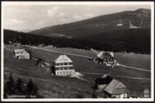 Karkonosze - schroniska Daftebauden w tle widoczny Mały Szyszak [Dokument ikonograficzny]