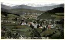 Karpacz - widok ogólny w tle Śnieżne Kotły [Dokument ikonograficzny]