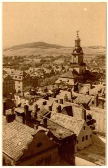 Alt-Hirschberg mit dem Rathaus von der kath. Kirche aus. [Dokument ikonograficzny]