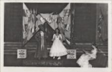 """""""Parady"""" : spektakl Teatru Dramatycznego z Wałbrzycha w sali teatralnej Obornickiego Ośrodka Kultury, 19.02.1976 r. [Dokument ikonograficzny]"""