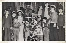 Zabawy mikołajkowe w Obornickim Ośrodku Kultury, 1976-1977 r. [Dokument ikonograficzny]
