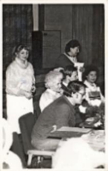 Zdjęcie z podsumowania Ligi Klubów na poziomie wojewódzkim w Obornickim Ośrodku Kultury, 20.02.1987 r. [Dokument ikonograficzny]