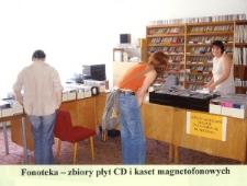 Fonoteka - zbiory płyt CD i kaset magnetofonowych [Dokument ikonograficzny]