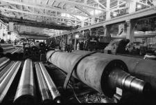 Jelenia Góra - Fabryka Maszyn Papierniczych FAMPA (fot. 1) [Dokument ikonograficzny]