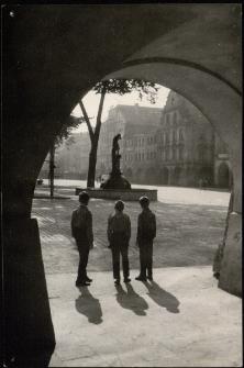 Plac Ratuszowy [Dokument ikonograficzny]